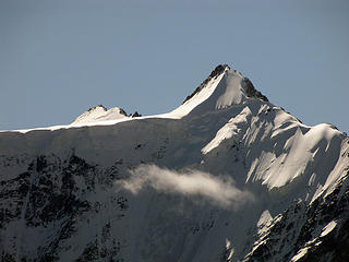 zoomed-mountain-views-2