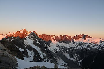 alpenglow on Fury and the northern Pickets