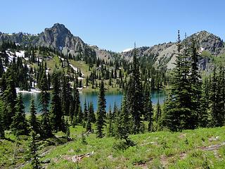 Views climbing above upper Crystal Lake.