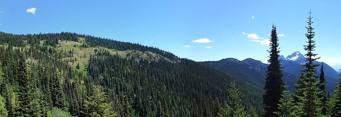Skyline ridge. It's a long walk to Hozomeen from here, with lots of ups and downs.