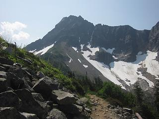 On the way to Cascade Pass and Cascade Peak