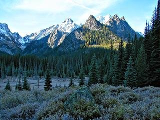 Lake Stuart meadow, frosty sunrise, October 14, 2007