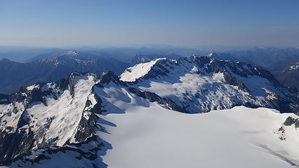 Upper Bonar Glacier and Mt Avalanche from the summit