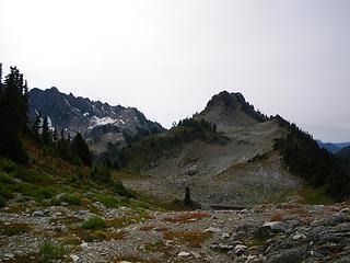 approaching Overlook Peak