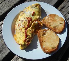 salmon chanterelle mushroom & cheese omelette 093019