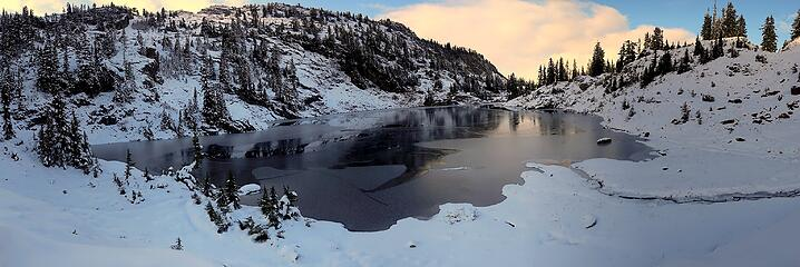 Highest Rampart Lake freezing over