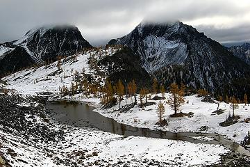 Middle Ice Pond & cloudy summits