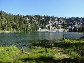 Lower Wind Lake at 6800.'