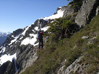 Routefinding our way to the Middle Summit.