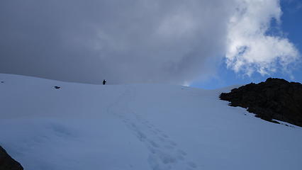 Descending the upper ridge