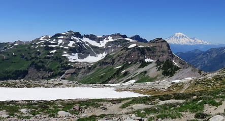 Hawkeye - Goat Lake - Rainier from PCT