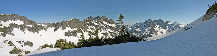 South pano from shoulder of La Bohn Peak