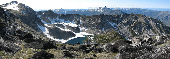 Coney Lake from Elf Ridge (Cannon left, Eightmile middle left, Cashmere middle right)