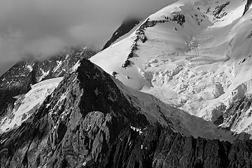 98- Broad Peak: Dragon's back