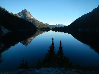 Schjelderup Lake