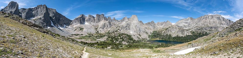 Cirque of the Towers Pano