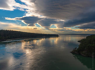 Lenticulars sunset up at Deception Pass