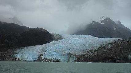 Nearing Glacier Leones