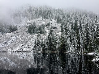 First snowfall at Marten Lake