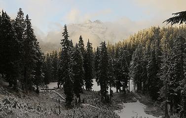 Columbia Peak above Virgin Lake