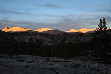 Sequoia NP sunset