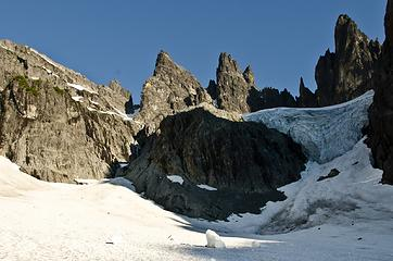 The imposing icefall.