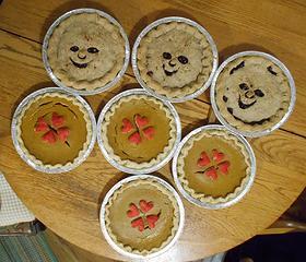 DTN Nutcracker blueberry & pumpkin pies 121319