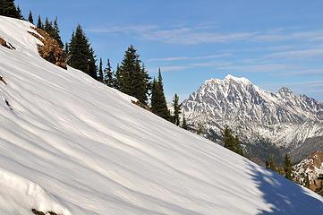 Untouched snow and Mount Stuart