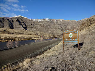 This is very close to the confluence of the Snake and Grande Ronde Rivers.