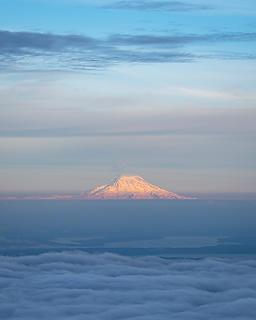 Rainier alpenglow