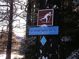 Hovey Creek trail start