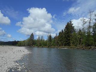 Queets River at Hartzell Creek 051719 04