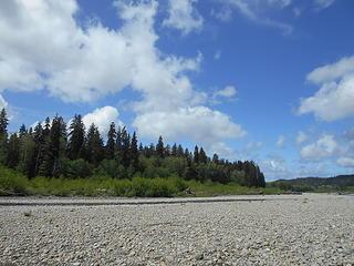 Queets River at Hartzell Creek 051719 06