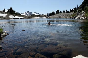 A brief refreshing swim before leaving the high country