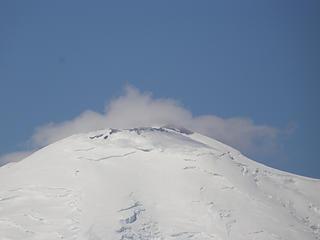 Rainier zoom from Crystal Peak summit.