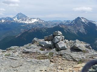 summit cairn but no register