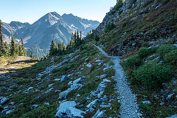 trail to hart lake