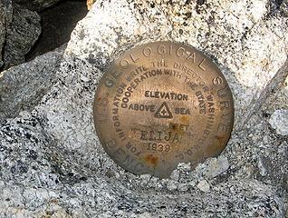 Elija summit marker