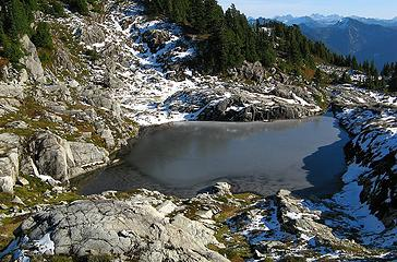 Central Tarn thawing