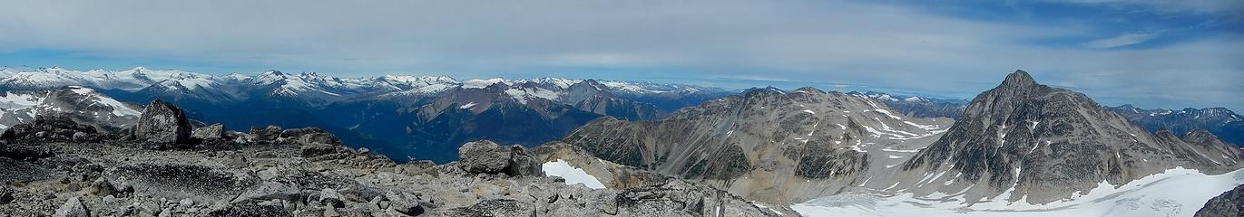 summit pano with Uriah's Heap and Overseer