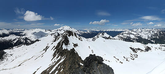 Luahna summit pano