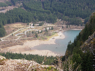 Rattlesnake lake and parking lot from 1st ledge. I think I can see my car down there