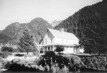 Silverton Hotel, date unknown
