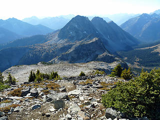 From the summit looking at Switchblade - Stiletto - Lookout and Copper Creek Basin to the right.