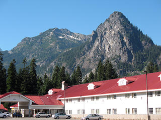 Snoqualmie Mountain