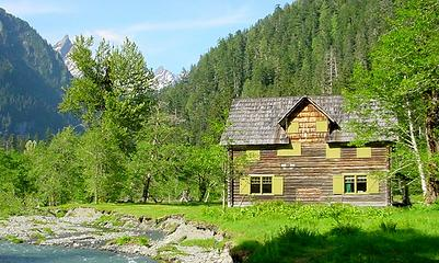 Enchanted Valley Chalet, 2005