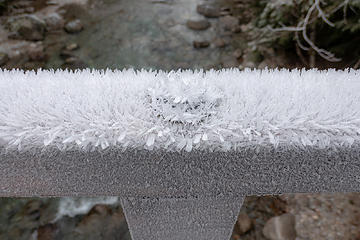 Big ice crystals on the Goldmyer bridge