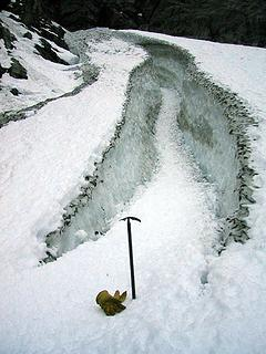 Big Four crevasse, 11-01-2003