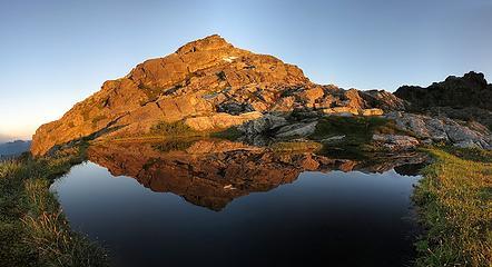 Tailgunner Sunrise Reflection, 6:09am