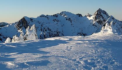 Damfino Peak to the north